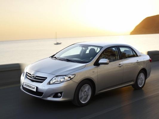 Autoesittely Toyota Corolla 2010-2011