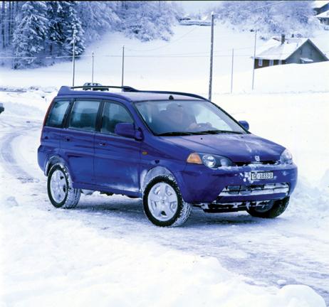 Autoesittely Honda HR-V (2002)