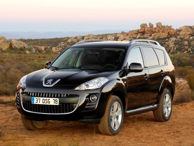 Autoesittely Peugeot 4007 2008