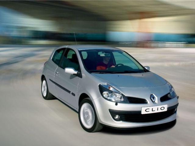 Autoesittely Renault Clio 2008-2010