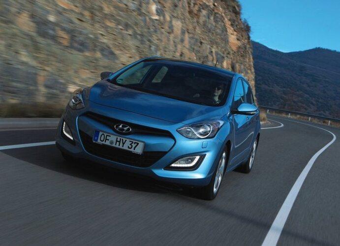 Autoesittely Hyundai i30 2012