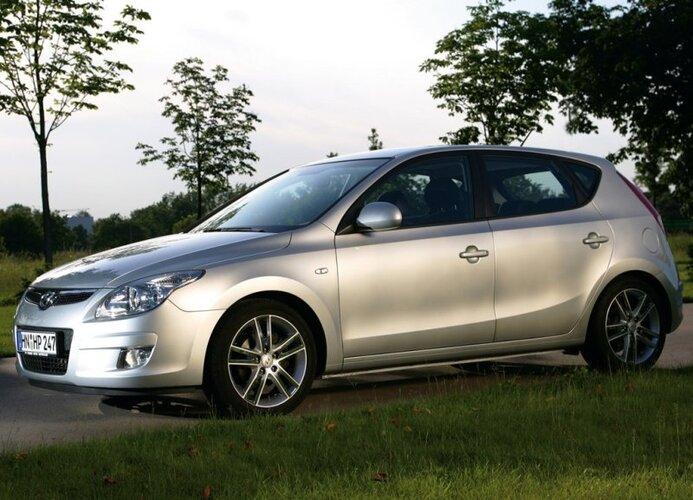 Autoesittely Hyundai i30 (2011)