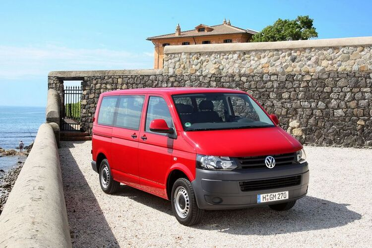 Autoesittely Volkswagen Caravelle 2012