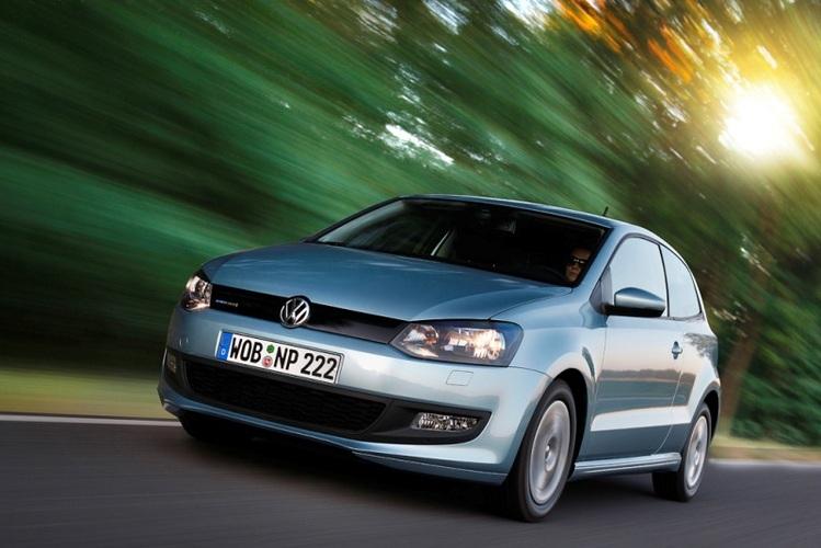 Autoesittely Volkswagen Polo 2010