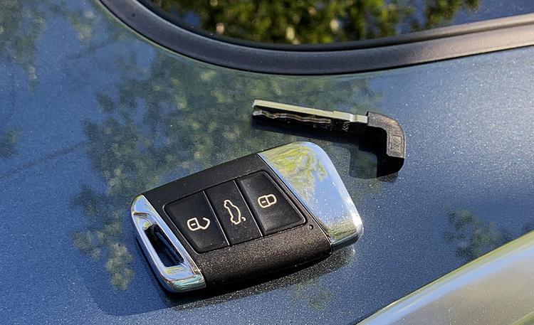 Tämä simppeli niksi jokaisen autoilijan tulisi osata – voi säästää paniikkiratkaisulta