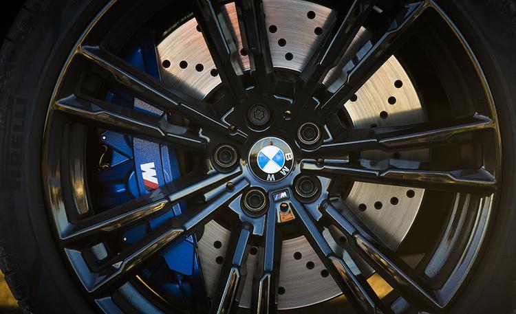 BMW:n M-mallitkaan eivät säästy päästötalkoilta – tässä tulee ensimmäinen kevythybridi-M