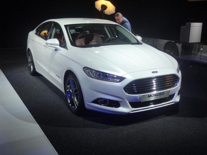 Pariisin autonäyttely 2012: Ford