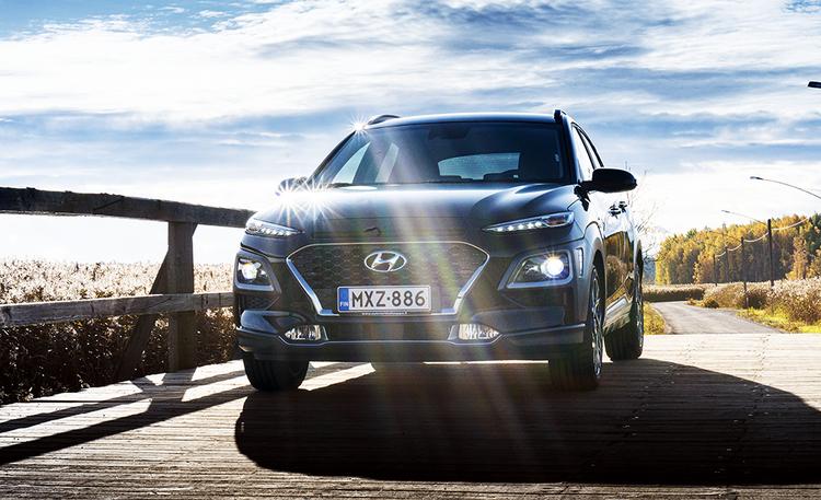 Ensifiilikset Hyundai Kona Hybridistä – tämän verran tekniikka säästää selvää rahaa