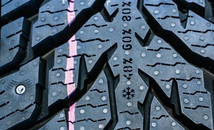 Miljoona mittausta sen kertoo – joka kymmenes suomalainen ajaa huonoilla renkailla