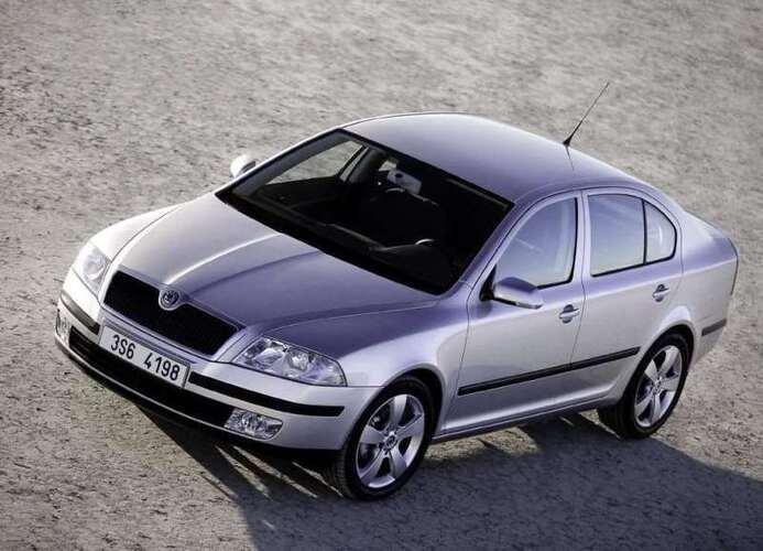 Autoesittely Skoda Octavia 2004-2008
