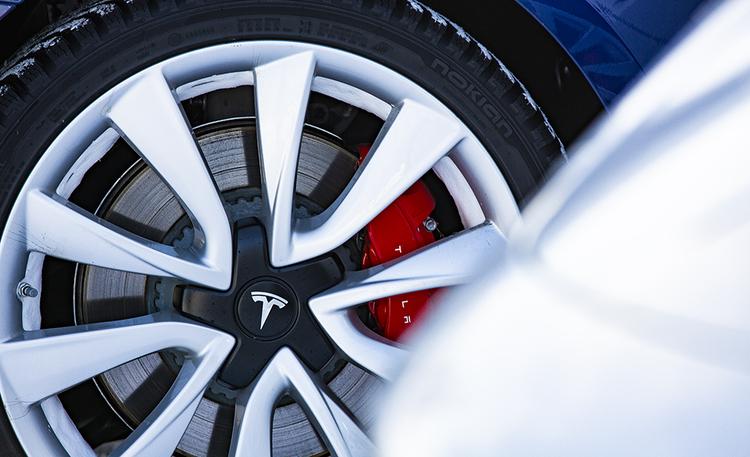 Oletko kuullut tämän sitkeän harhaluulon sähköautoista? Nokian Renkaat kumoaa väitteen