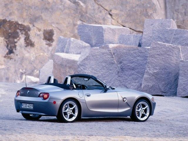 Autoesittely BMW Z4 2005-2010