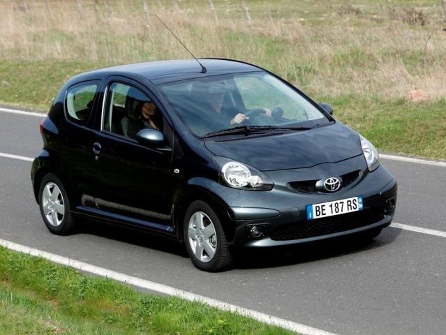Autoesittely Toyota Aygo 2006-2011