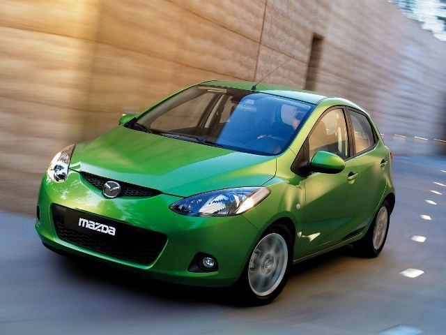 Autoesittely Mazda Mazda2 2007
