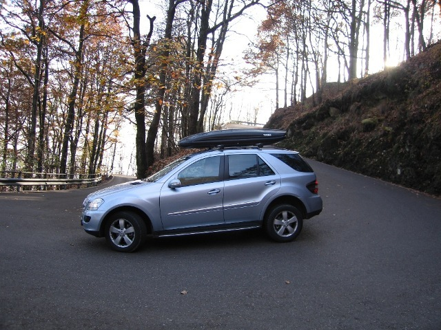 Autoesittely Mercedes-Benz ML 2008-2011