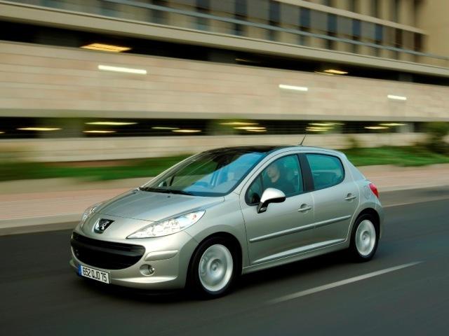 Autoesittely Peugeot 207 2008-2011