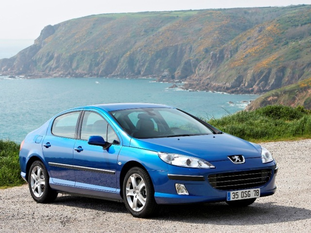 Autoesittely Peugeot 407 2008-2010