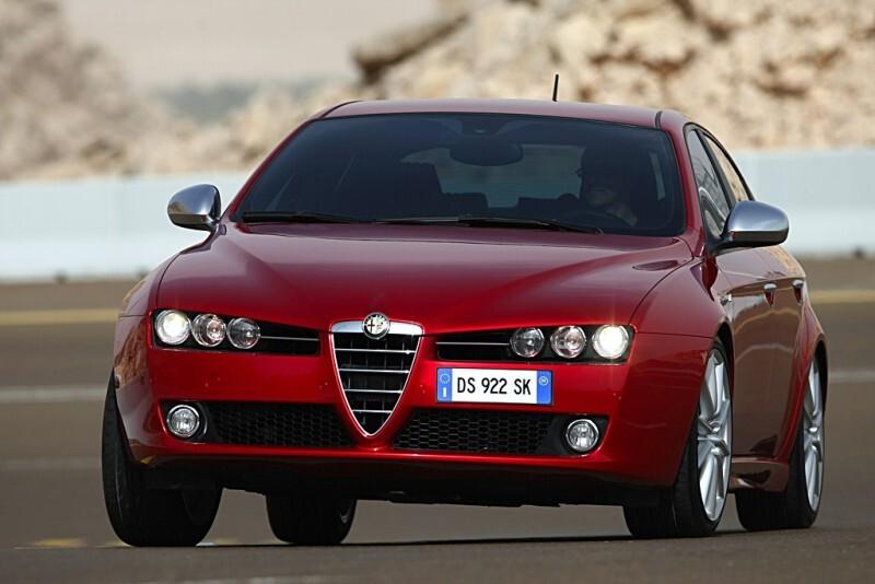 Autoesittely Alfa Romeo 159 2010-2011