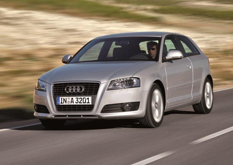 Autoesittely Audi A3 2012