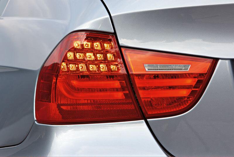 Autoesittely BMW 3-sarja 2010