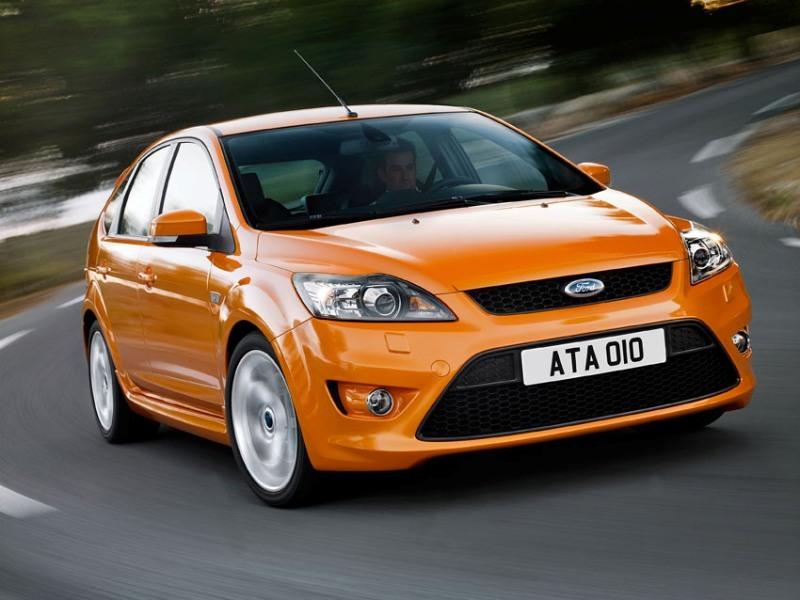 Autoesittely Ford Focus (2010)