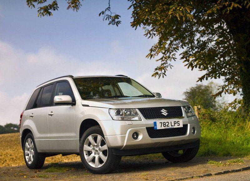 Autoesittely Suzuki Grand Vitara 2012