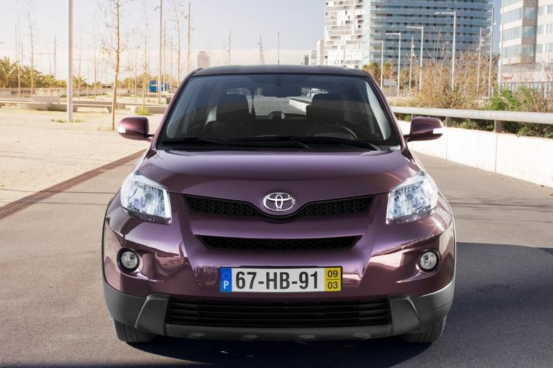 Autoesittely Toyota Urban Cruiser 2012
