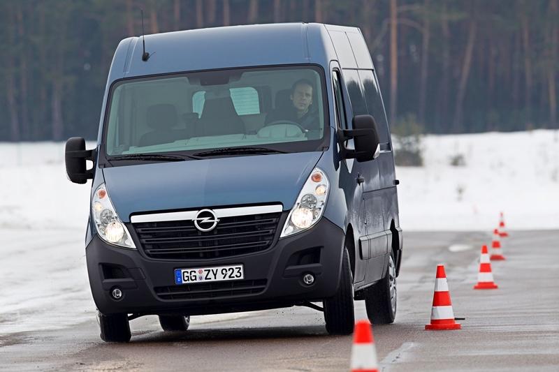 Autoesittely Opel Movano 2013