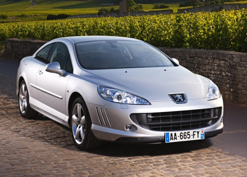 Autoesittely Peugeot 407 2008-2011