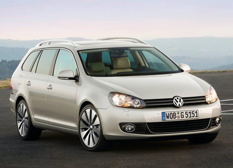 Autoesittely Volkswagen Golf Variant 2007-2013