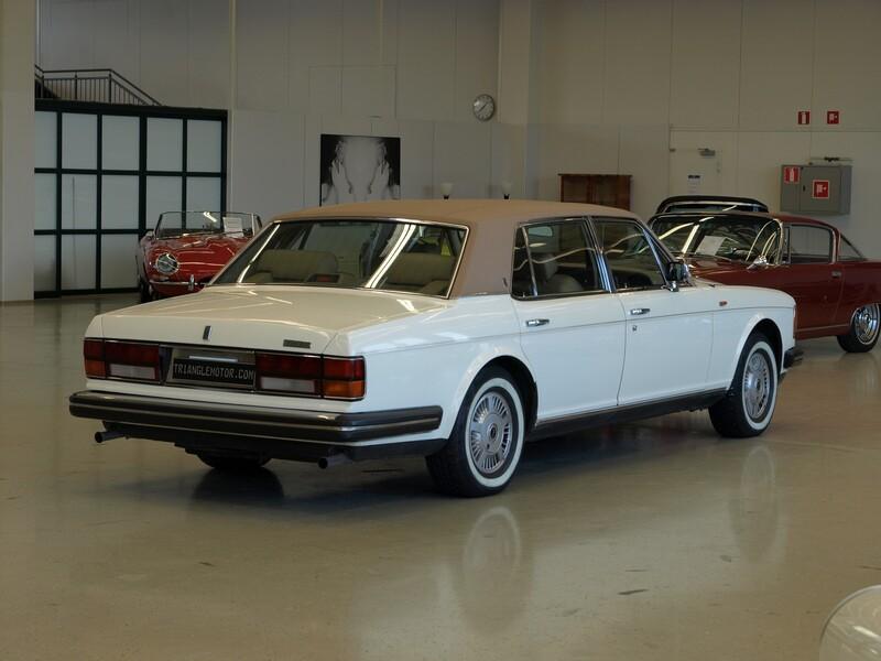 Rolls-Royce Silver Spur