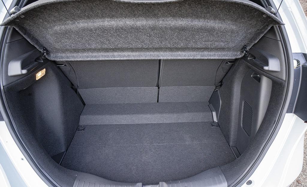 Honda Jazz Hybrid tavaratila