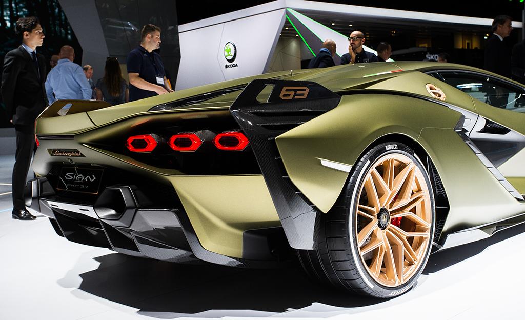 Lamborghini Sian on valmistajan ensimmäinen hybridi