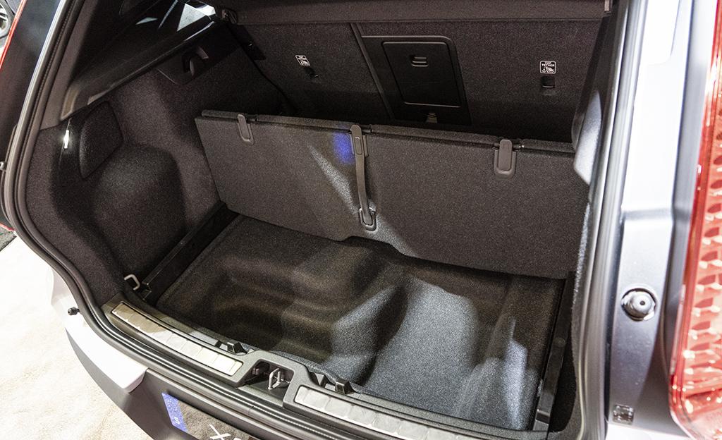 Volvo XC40 Recharge tavaratila