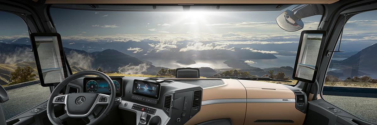 Mercedes-Benz Actrosin ohjaamo