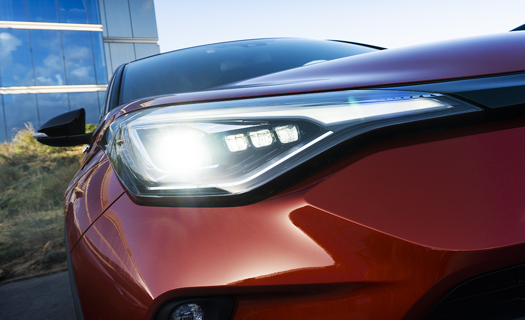 Toyota C-HR LED-ajovalot