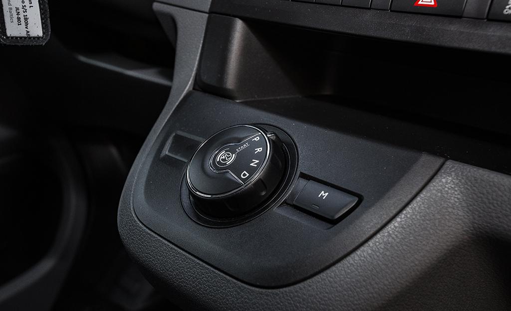 Opel Vivaro automaattivaihteisto
